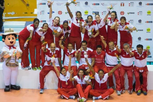 PERÚ campeón de los JUEGOS BOLIVARIANOS 2013.